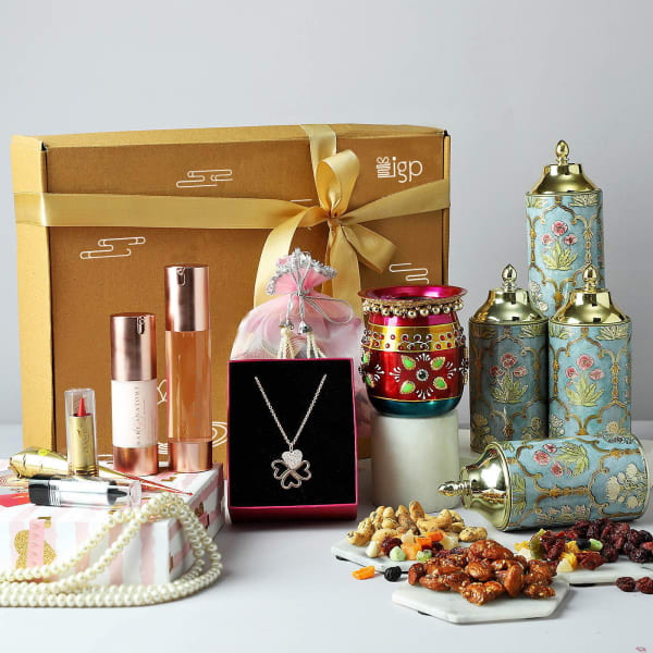 Karwa Chauth Gift Box With Skin Care Set and Gourmet Hamper