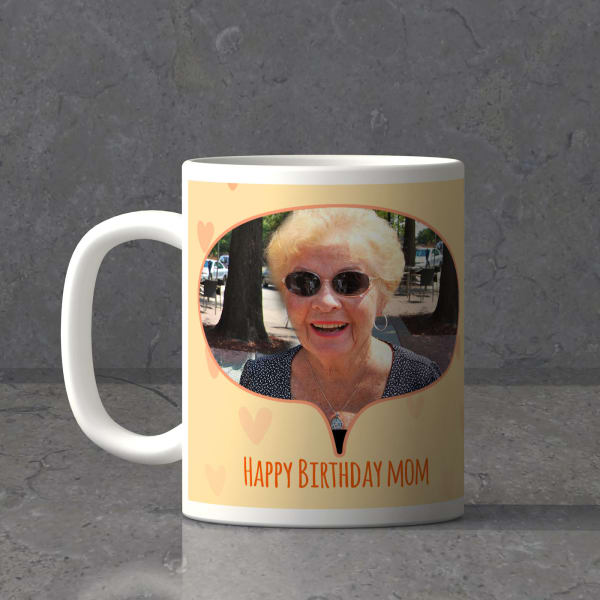 Kitty Love For Mom Personalized Birthday Mug