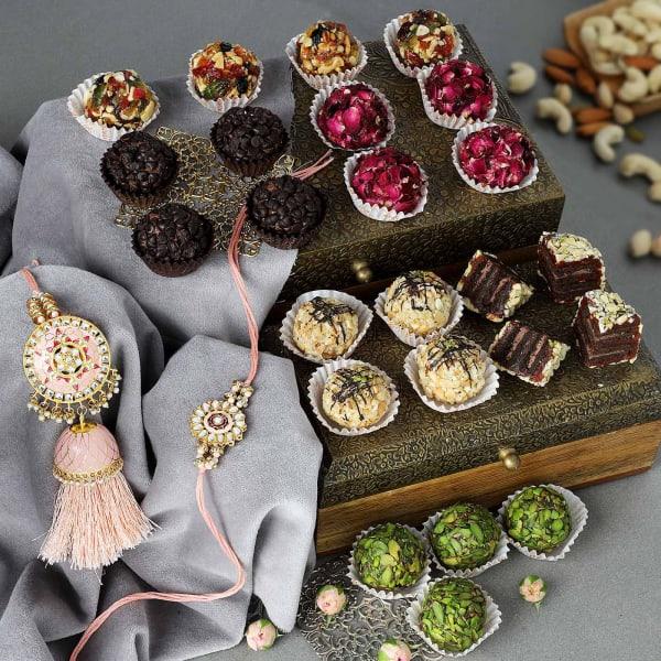 Kundan Bhaiya Bhabhi Rakhi With Gourmet Sweets