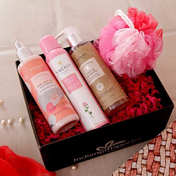 Mantra Ayurvedic Bath Essentials Hamper