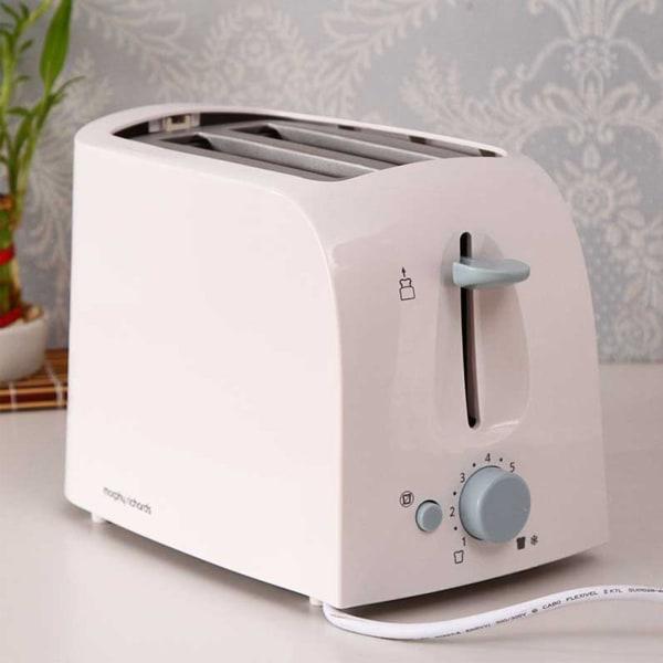Morphy Richards Slice Pop up Toaster AT 201