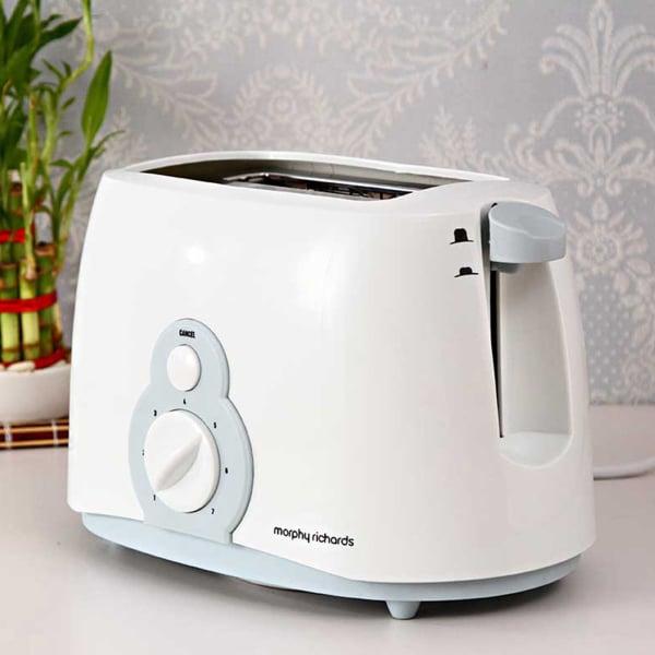 Morphy Richards Slice Pop up Toaster AT 202
