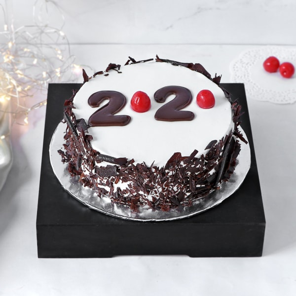 New Year 2020 Black Forest Cake (Half Kg)
