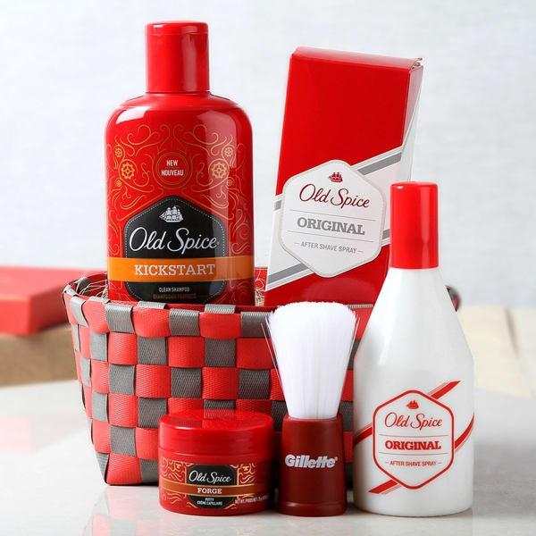 Old Spice Shaving & Bath Essentials Hamper