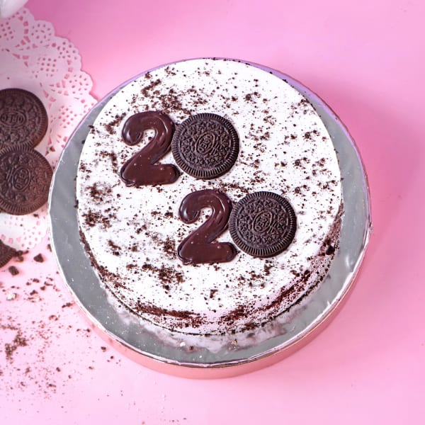 Best Food Gifts 2020.Oreo New Year 2020 Cake 2 Kg Gift Send New Year Gifts