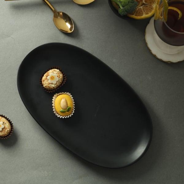 Oval Ceramic Plate in Black