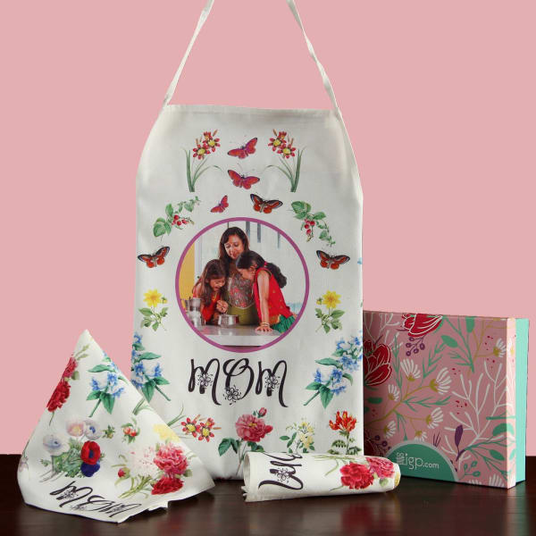Personalized Apron Set for Mom