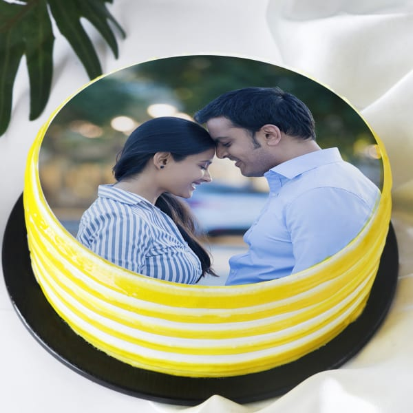 Photo Cake (Eggless) for Couple (1 Kg)