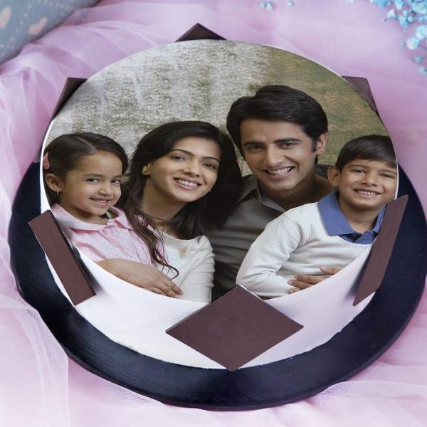 Photo Cake (Eggless) for Family (2 Kg)