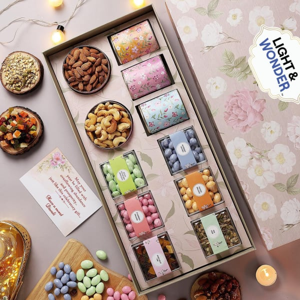 Premium Gourmet Gift Box With Scroll