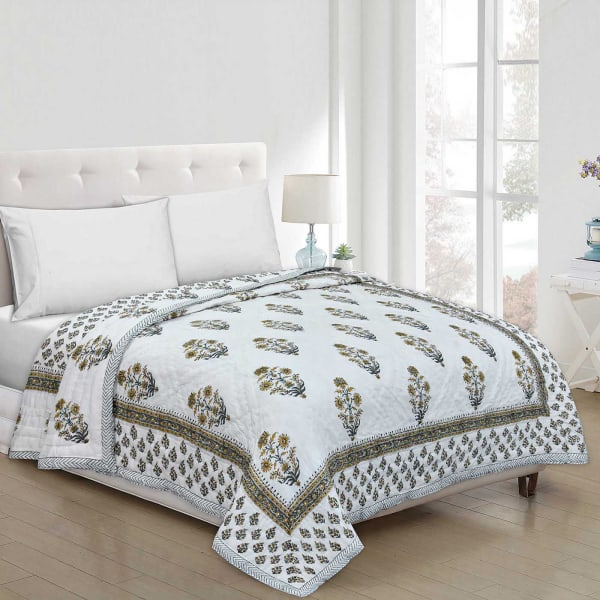 Quilt for Double Bed with Rajasthani Block Print & Booti Work