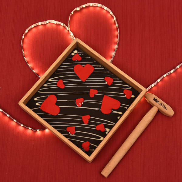 Romantic Love Chocolate Hammer Box 250 gms