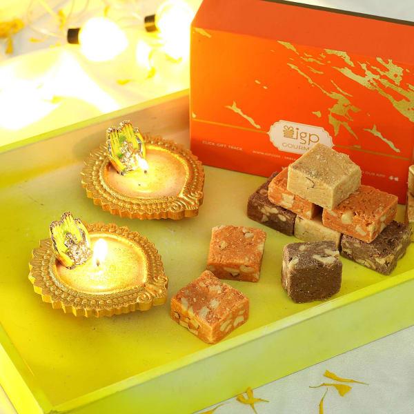 Set of 2 Designer Ganesha Diya with Mewa Bites (250 gms)