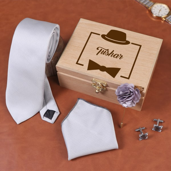 Silver Grey Accessory Set In Personalized Box