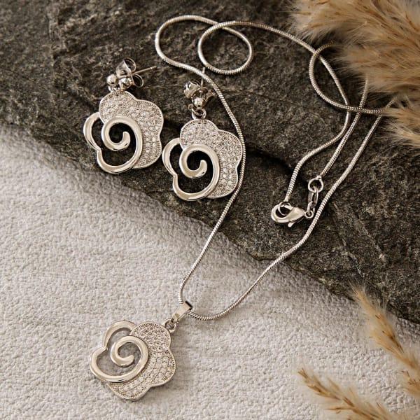 Stylish Cz Necklace Set