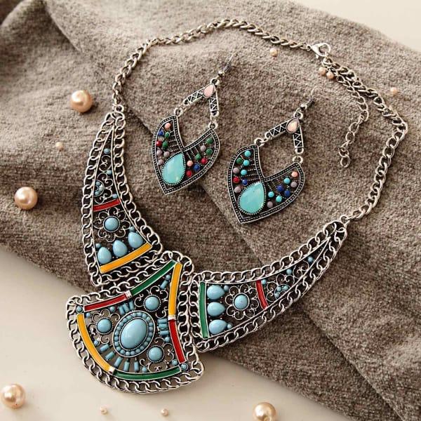 Stylish Fashion Necklace Set