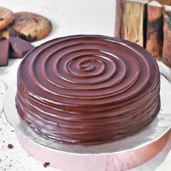 Tasty Chocolate Cake (Half Kg)