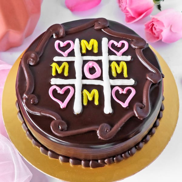 Tic Tac Toe Chocolate Cake for Mom (Half Kg)