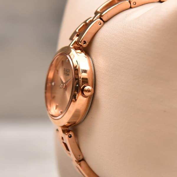 Titan Designer Raga Women Watch Gift Send Fashion And Lifestyle Gifts Online L11075581 Igp Com