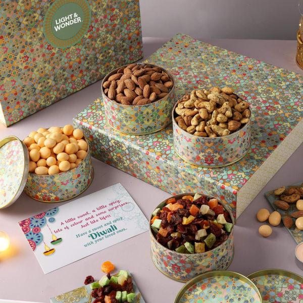 Traditional Motifs Gourmet Gift Box