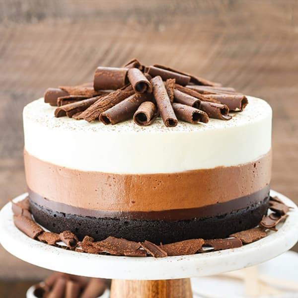Triple Mousse Cake 2 Kg