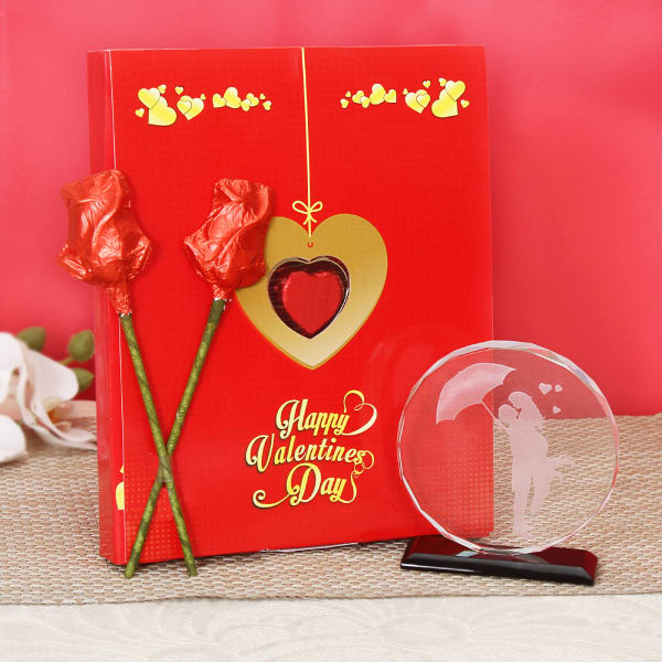 Valentines Day Chocolate Gift Box With Couple Crystal Gift Send Valentine S Day Gifts Online M11079982 Igp Com