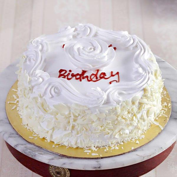 Vanilla Cake with Cream Flower Topping (Half Kg)
