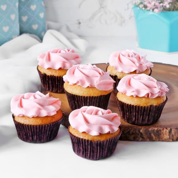 Vanilla Cupcakes (Pack of 6)