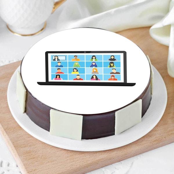 Video Calling Friends Cake (Half Kg)