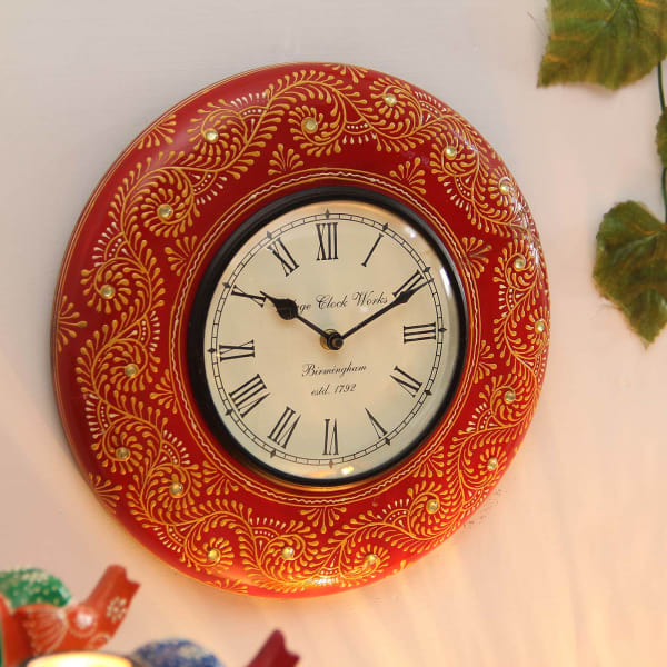 Wooden Embossed Painted Ethnic Design Wall Clock: Gift/Send