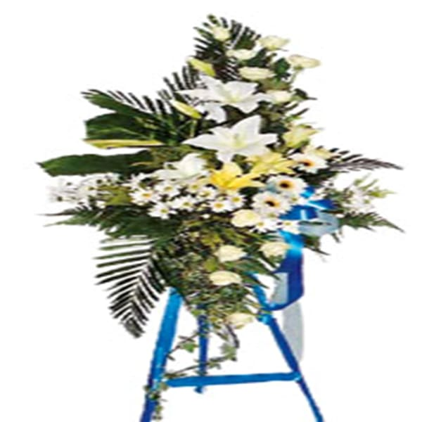 Wreath in whites