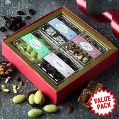 Muesli and Mix Flavoured Dry Fruit Sweets Hamper