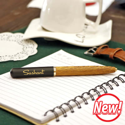 Personalised Pen with Magnetic Closure and Wooden Finish