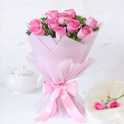 10 Pretty Pink Roses