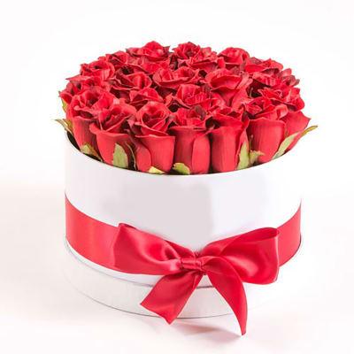 24 luscious Roses