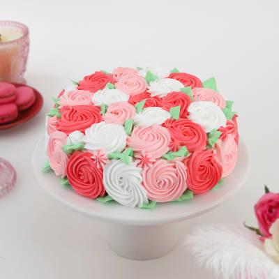 Abundant Roses Chocolate Cake (Half Kg)