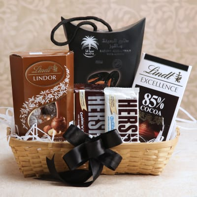 Almond Dates With Hersheys Lindt Chocolate In A Basket Gift Send Hers India