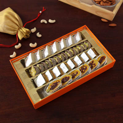 Assorted Indian Sweets (800 gms)