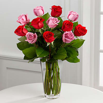 B19-4387 The FTD® True Romance™ Rose Bouquet