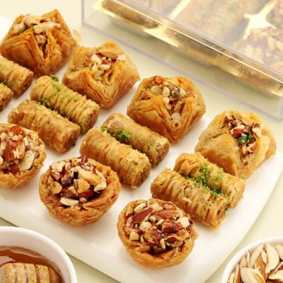 Baklava Sweet ( 300 gm)