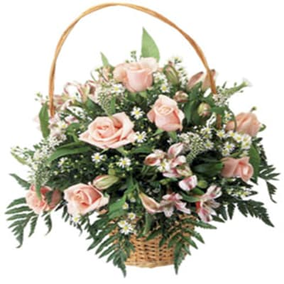 Basket Arrangement Sweet Dreams