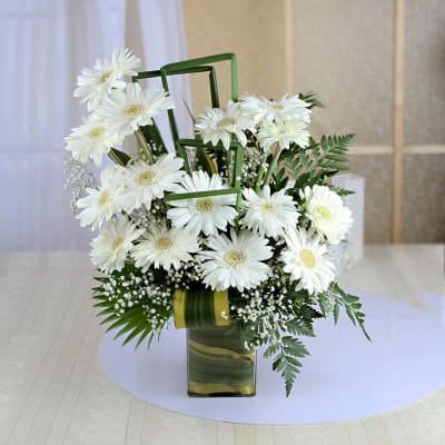 Buy white flowers online order white color flowers get same day beautiful bunch of 15 white gerberas in a glass vase mightylinksfo