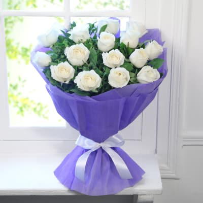 Beautiful Bunch of 15 White Roses