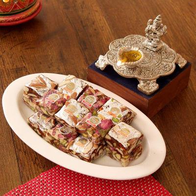 Diwali gifts india buy best diwali gifts online send deepavali beautiful metal ganesha diya with rose berry sugarfree figberry negle Images