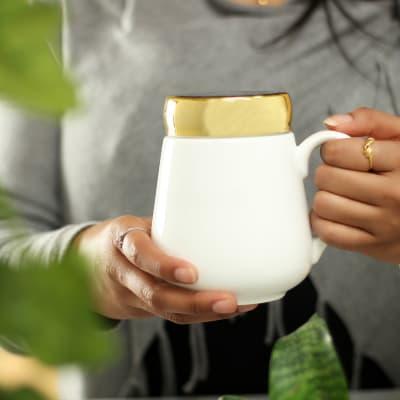 Beautiful White Mug With Lid