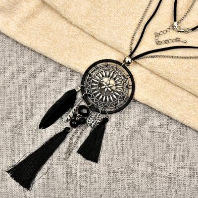 Black Fashionable Tassel Pendant