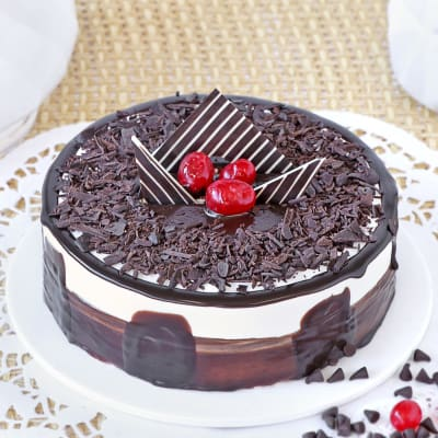 Black Forest Gateau Cake (1 Kg)