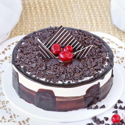 Black Forest Gateau Cake (Eggless) (Half Kg)