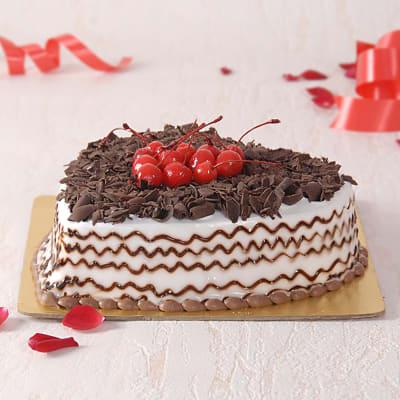 Black Forest Heart Cake (Half Kg)