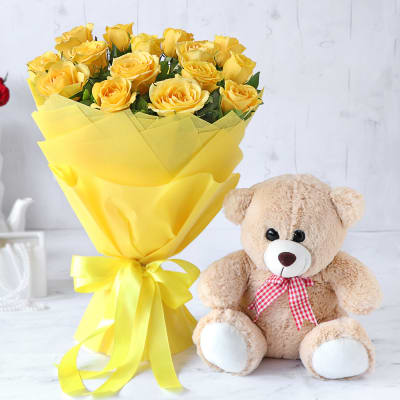 Bouquet of 15 Yellow Roses with Pink Teddy